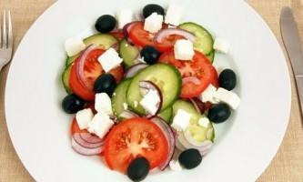 Як приготувати салат з овочів: підбір цікавих рецептів
