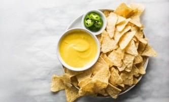 Як приготувати сирний соус?