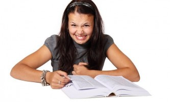 Як самостійно поліпшити своє мовлення і дикцію: поради і вправи