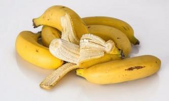 Як зробити банановий молочний коктейль