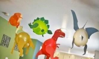 Як зробити динозавра з різних матеріалів?