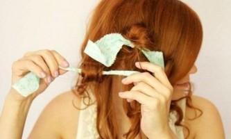 Як зробити хвилясте волосся без плойки?