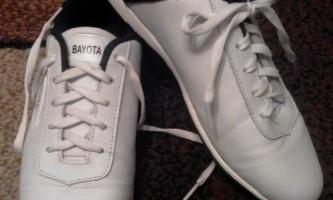 Як шнурувати кросівки