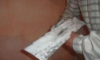 Як шпаклювати стіни під фарбування?
