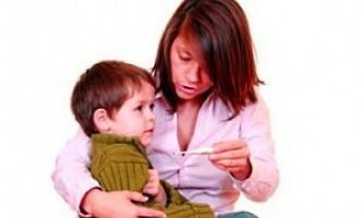 Як знизити температуру у дитини?