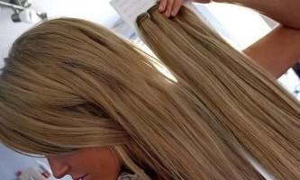 Як зняти нарощені волосся на капсулах?