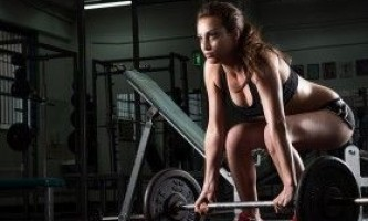 Як тренуються російські важкоатлети?