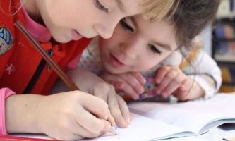 Як переконати дитину ходити в школу