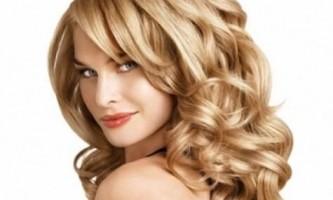 Як укласти волосся хвилями в домашніх умовах?