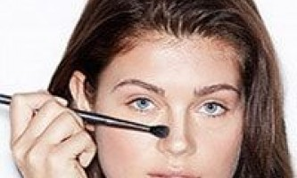 Як зменшити ніс за допомогою макіяжу