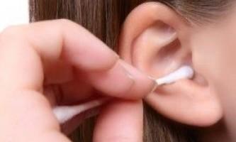 Як в домашніх умовах прибрати пробку з вуха?