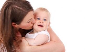 Як всебічно розвивати дітей до року