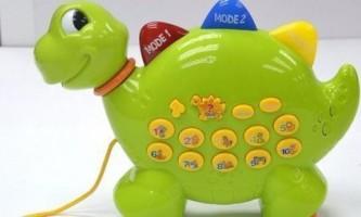 Як вибрати іграшки для новонародженого