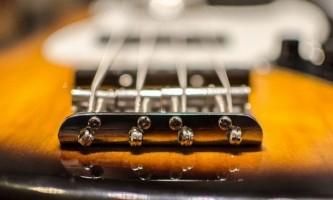 Як вибрати якісні струни для акустичної гітари