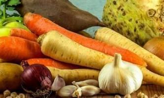 Як за 2 дні схуднути за допомогою супу з селери: 7 варіантів приготування