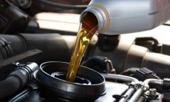 Як замінити масло в двигуні