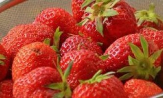 Як заморозити полуницю на зиму, зберігши її свіжість і корисні властивості