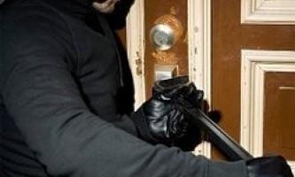 Як захистити квартиру від злодіїв