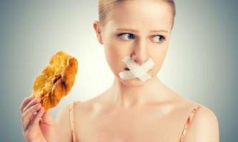 Як змусити себе не їсти?