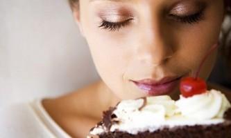 Які солодощі можна мамі, що годує?
