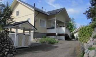 Який будинок краще побудувати для постійного проживання?
