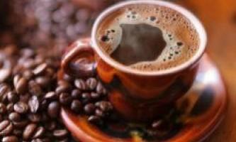 Кофеїн покращує роботу кровоносних судин, вважають японські вчені