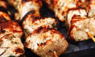Курячий шашлик на кефірі - рецепт