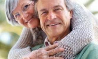 Люди у віці, що займаються сексом, найщасливіші