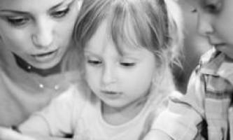 Маленькі діти ставляться до слів дорослих з упередженням