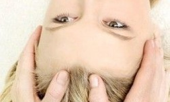 Масаж шкіри голови