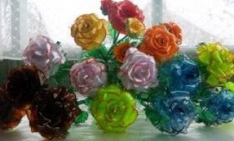 Майстер-класи: шкатулки, вази, квіти з пластикових пляшок