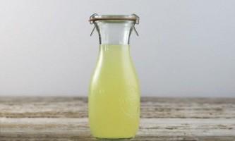 Молочна сироватка для рослин: користь, як користуватися?
