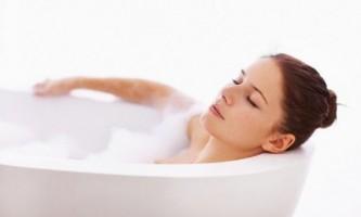 Чи можна приймати ванну при температурі?