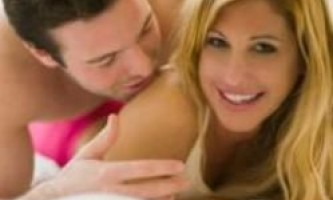 Чоловіки висловлюють свою любов сексом, а жінки поступливістю