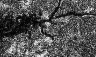 На супутнику сатурна - титані - знайшли величезну річку