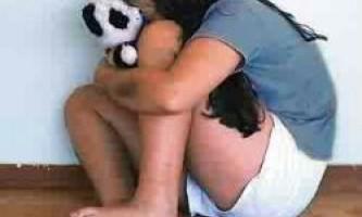 Насильство над дітьми впливає на вік початку першої менструації