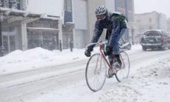 Особливості їзди на велосипеді взимку