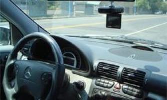 Особливості вибору автомобільних відеореєстраторів