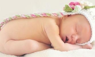 Підгузки: шкода і користь для дитини