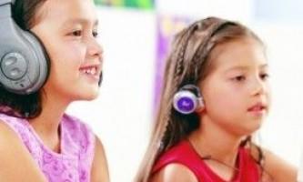 Співаємо і слухаємо: аудіокниги і пісні у вивченні іноземної мови