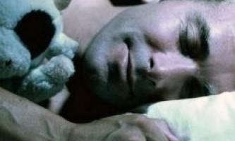 Поки жінкам сняться кошмари, чоловіки бачать еротичні сни