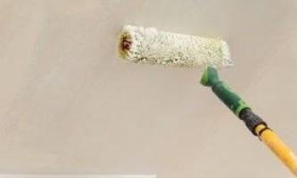 Фарбування стелі акриловою фарбою