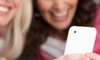 Половина користувачів смартфонів потайки знімають людей на відео