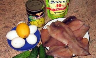 Рецепти салатів з кальмарів