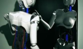 Робот готується пройти тест на самоусвідомлення