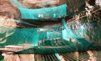 Найбільший в світі підземний батут відкрився