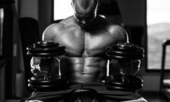 Силове тренування і потужний курс стероїдів