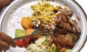 Поради для тих, хто не хоче викидати їжу у відро для сміття