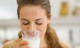 Сироватка молочна: користь і шкода, дози прийому