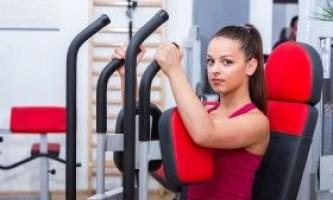 Тренування грудей для дівчат